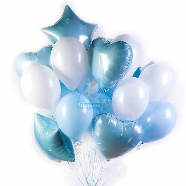 Композиция из бело-голубых шаров с сердцами и звездами