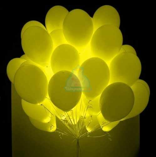 Белые шарики с желтыми светодиодами фото в интернет-магазине Шарики 24