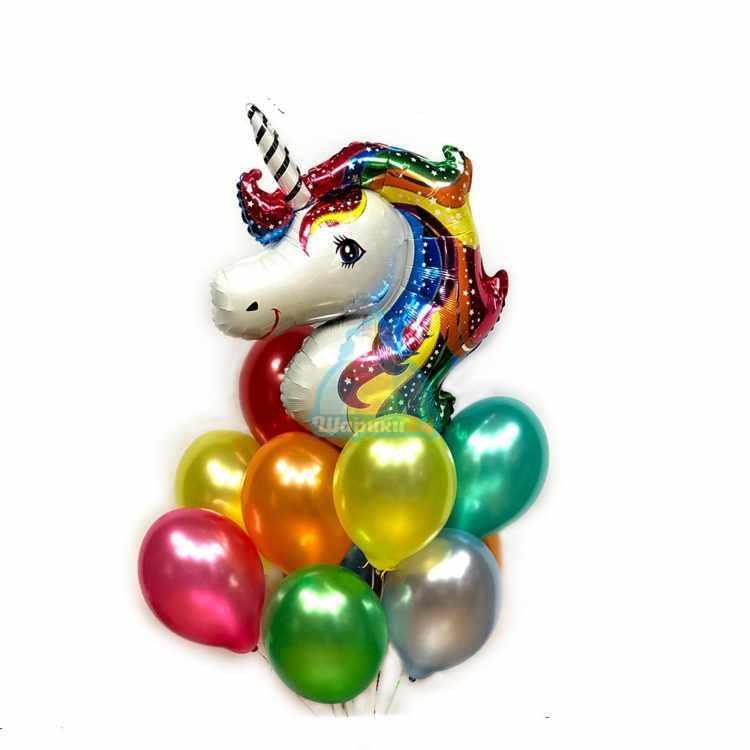 Композиция разноцветных шариков металлик с головой единорога