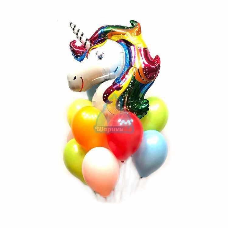 Композиция разноцветных шариков с головой единорога