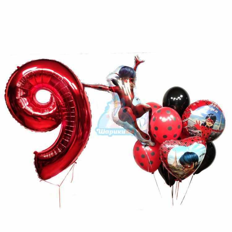 Композиция из черных и красных шаров в точку Леди Баг с цифрой