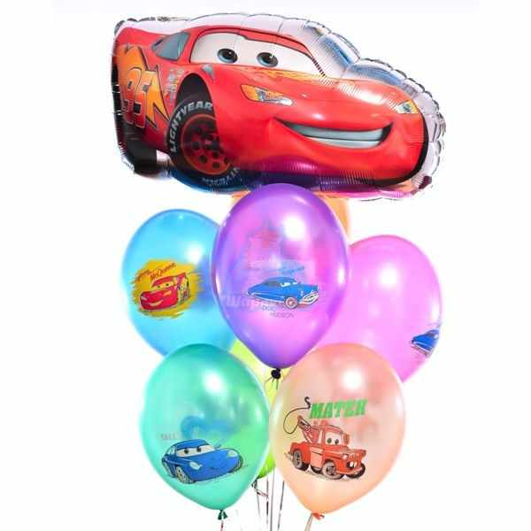 Композиция на день рождения из разноцветных шаров с Молнией Маккуин