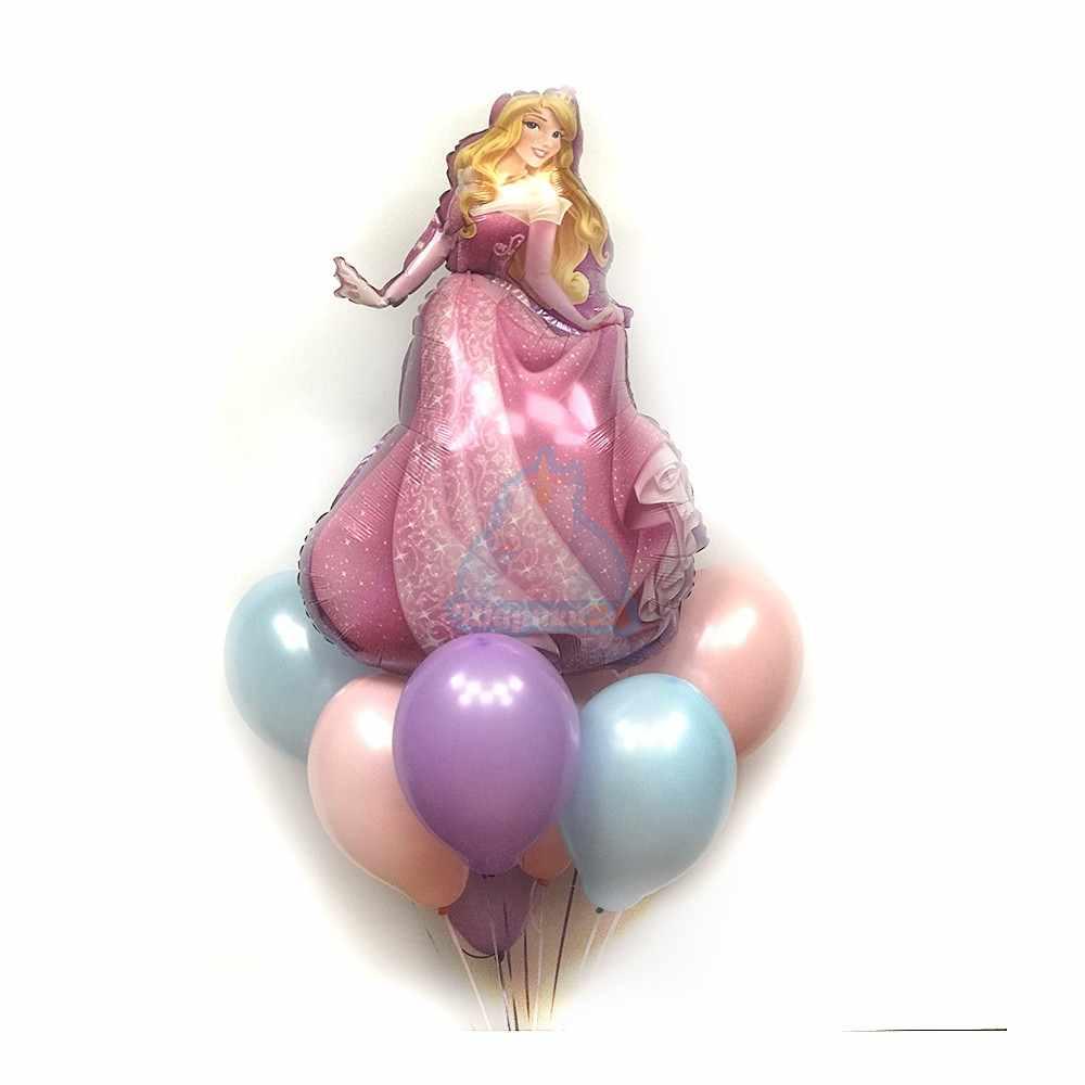 Композиция из шариков нежных цветов со спящей красавицей