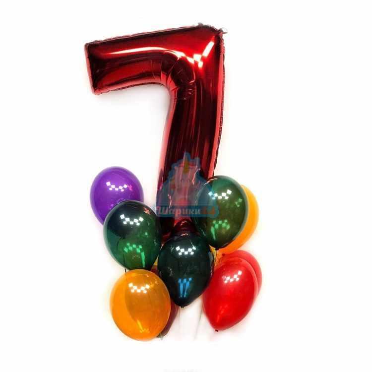 Композиция из прозрачных шаров с красной цифрой