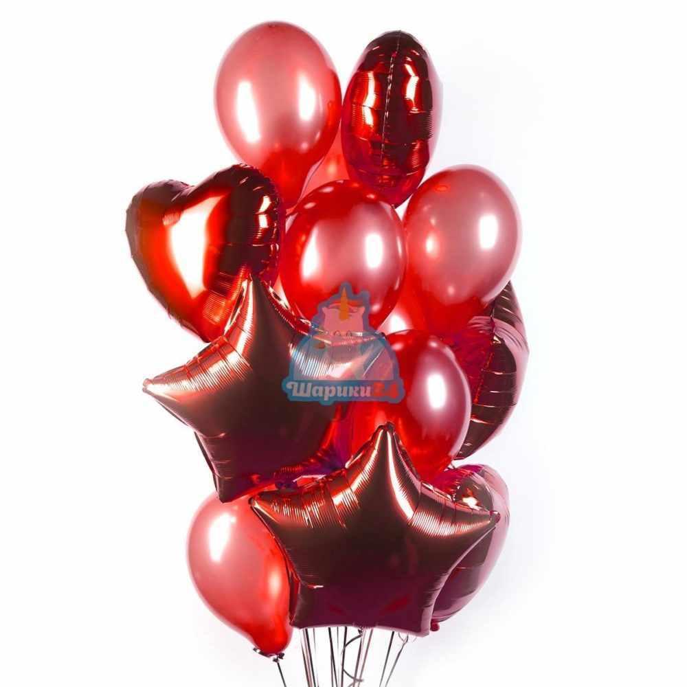 Композиция из красных шариков с сердцами и звездами на 8 марта