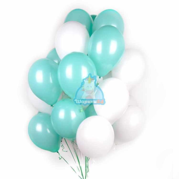 Облако бело-мятных шариков на 8 марта