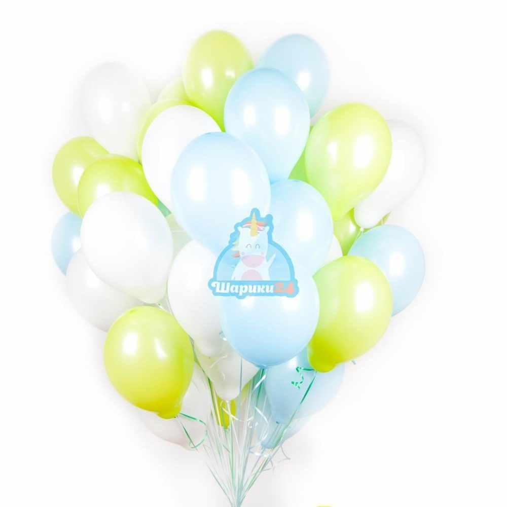 Облако салатовых, белых и голубых шариков на 8 марта
