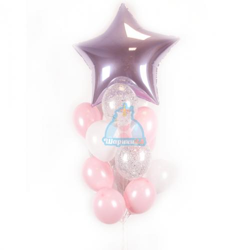 Композиция из бело-розовых, прозрачных шариков с блестками и большой звездой на 8 марта