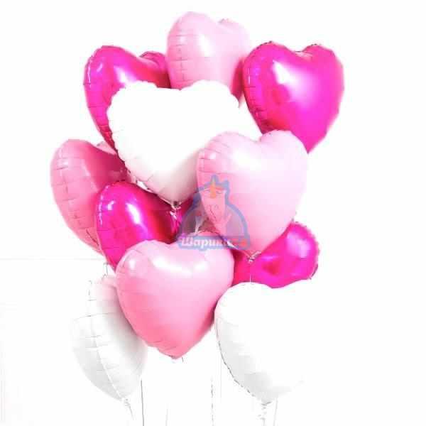 Композиция из фольгированных розовых и белых сердец на 8 марта