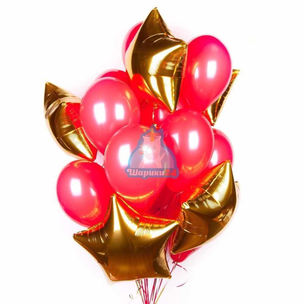 Композиция из красных шариков со звездами на 8 марта