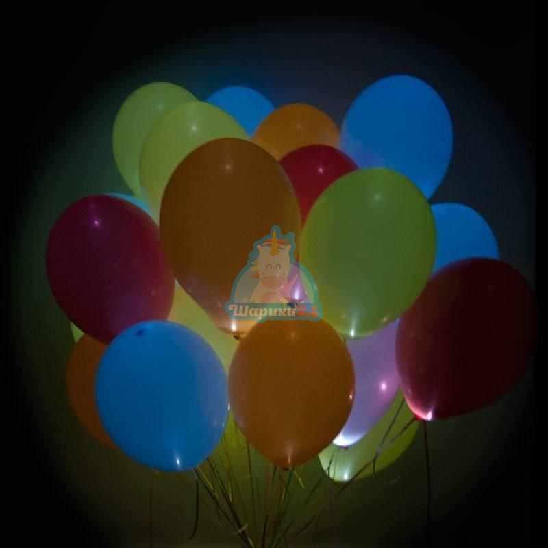 Светящиеся разноцветные шарики с мигающими разноцветными светодиодами на 8 марта