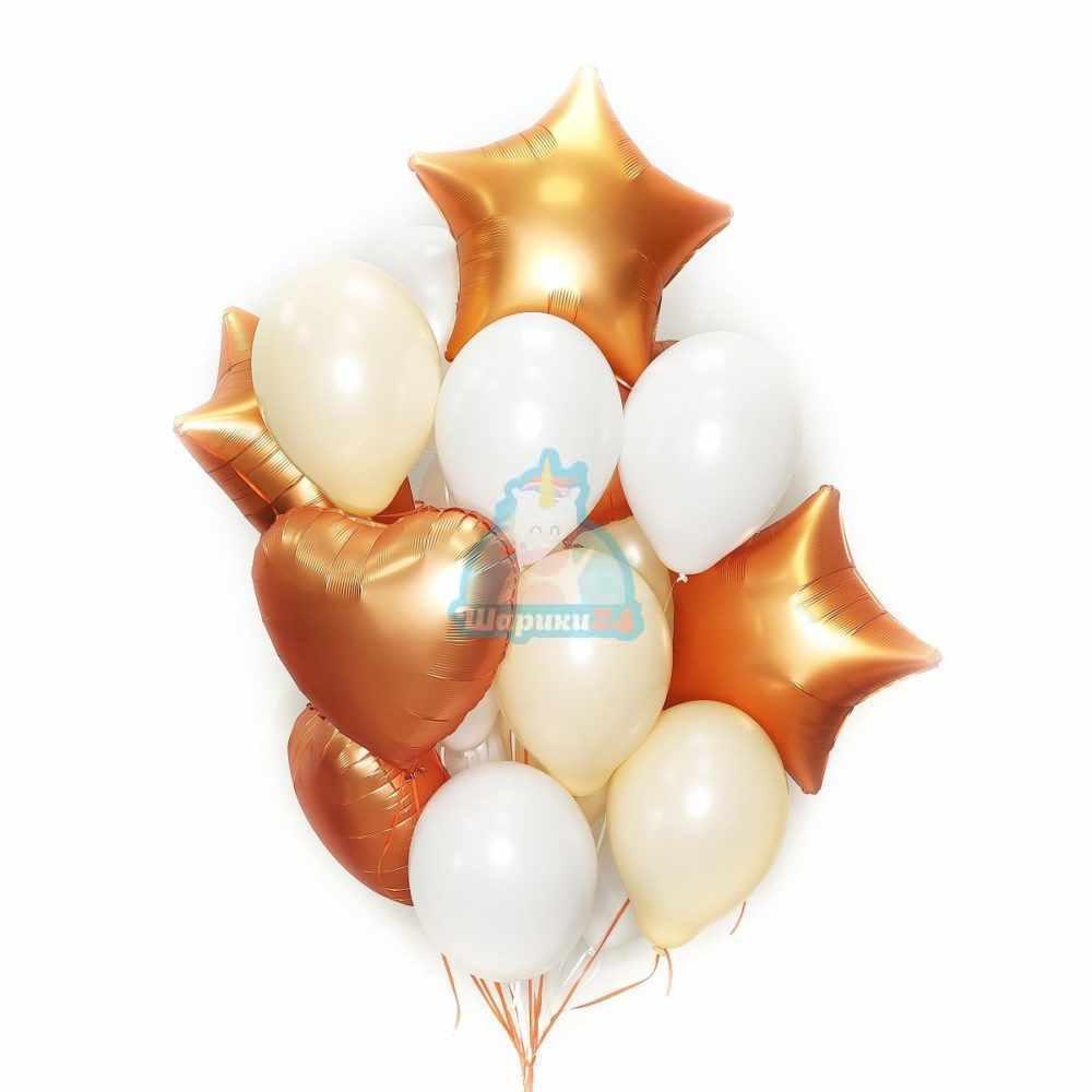 Композиция большая из бело-кремовых воздушных шаров с сатиновыми звездами и сердцами