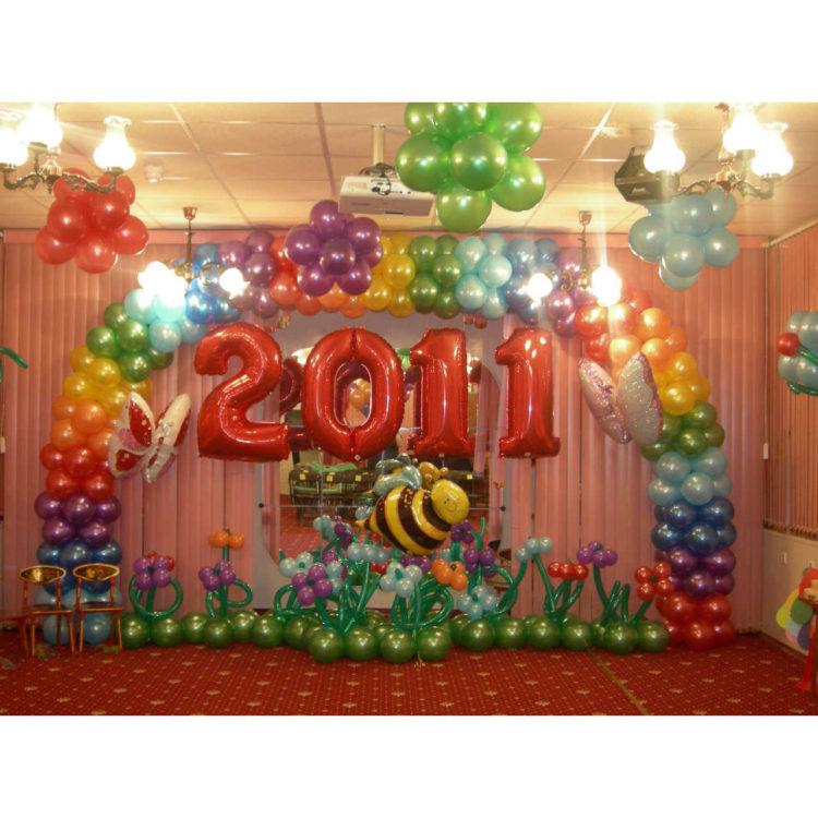 Оформление детского сада воздушными шарами на выпуск