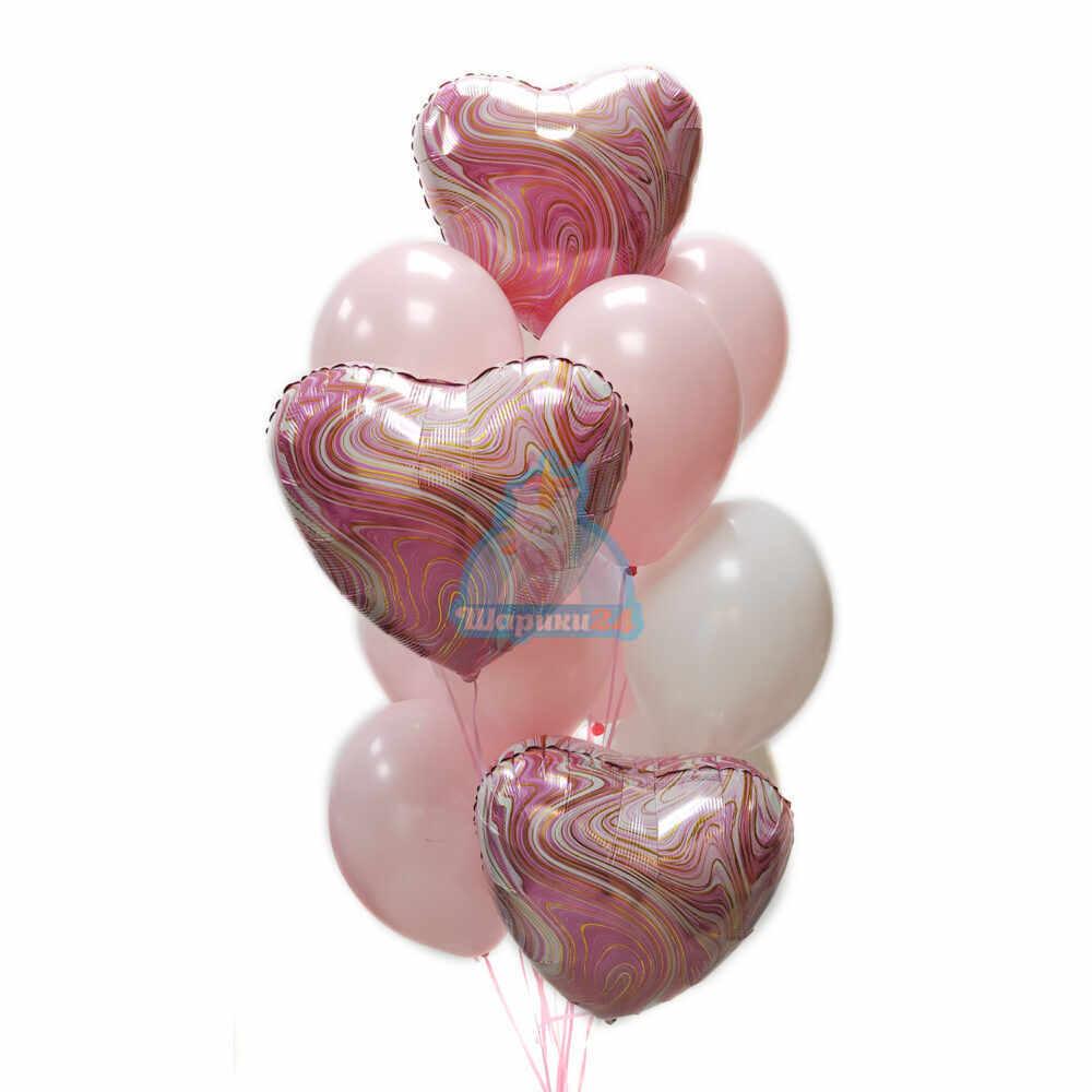 Композиция из бело-розовых шаров с розовыми сердцами агатами
