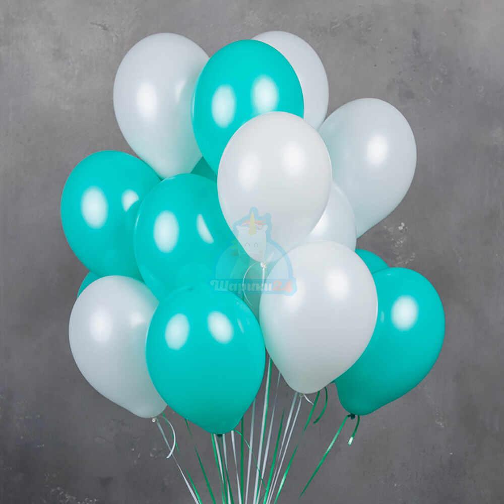 Бело-мятные воздушные шарики