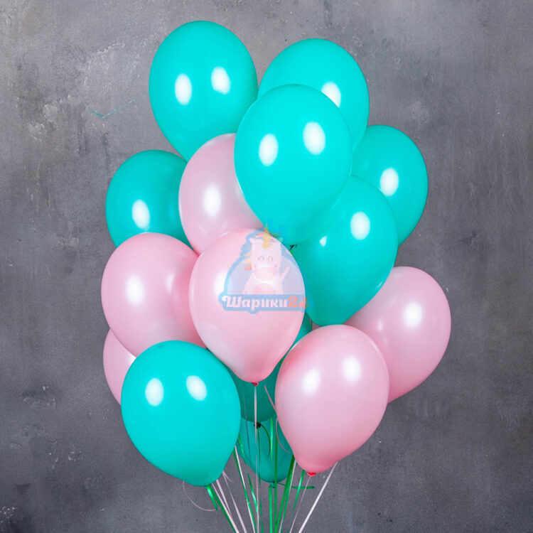 Мятные и розовые воздушные шарики