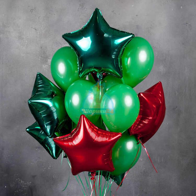 Композиция из зеленых шаров со звездами
