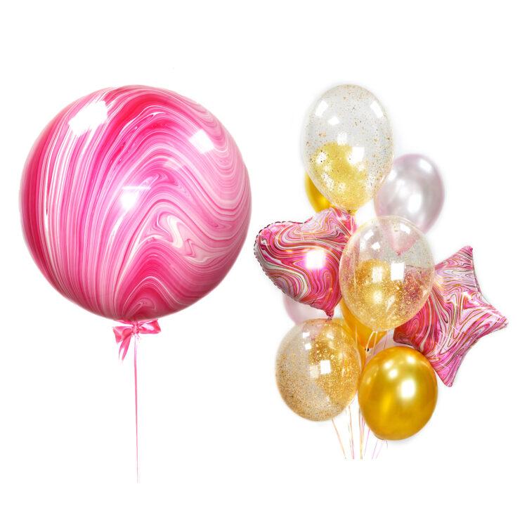 Композиция из розовых и золотых шаров с большим розовым агатом