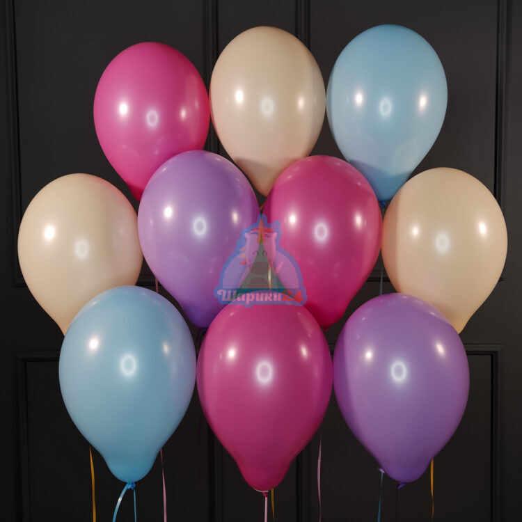 Воздушные персиковые голубые сиреневые и фуксия шарики