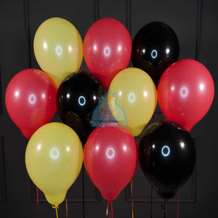Красные черные и желтые шары