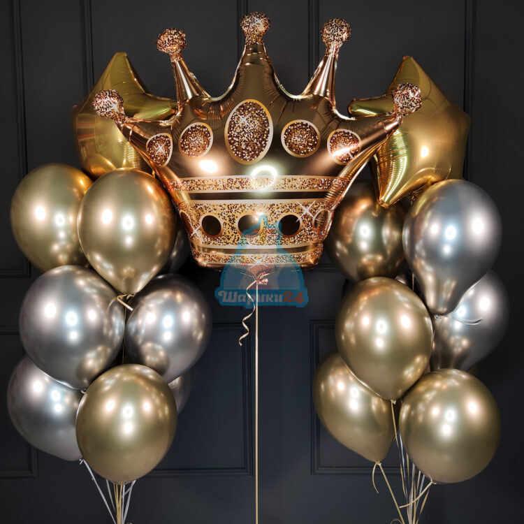 Композиция из хромированных шаров с золотой короной