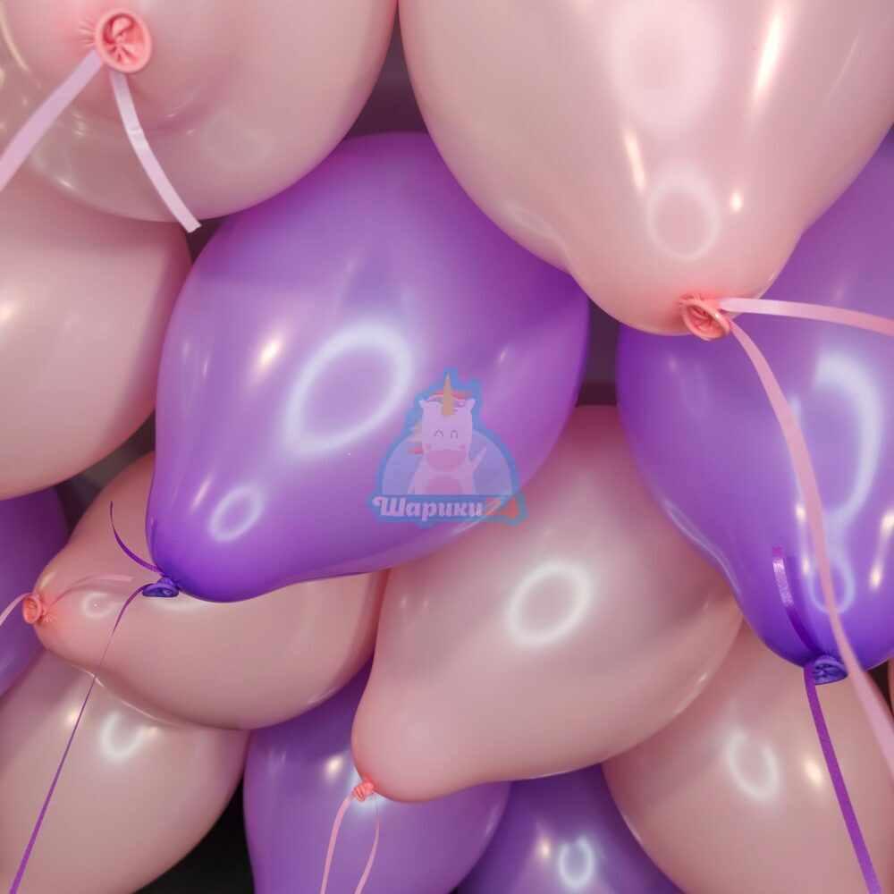 Облако розовых и фиолетовых шаров на 8 марта