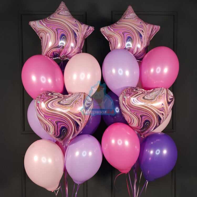 Композиция из фиолетовых сердец и звезд агатов с шарами