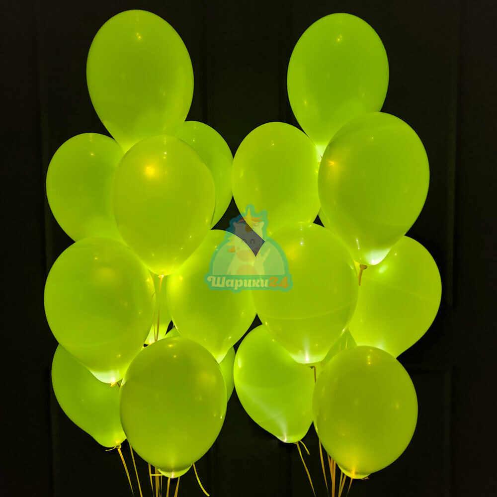 Светящиеся белые шары с желтыми светодиодами